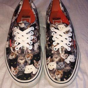 RARE cat Vans
